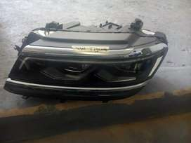 VW Tiguan head light xenon both sides I have