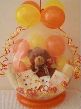 Balloon gift hamper.Gift for special ones