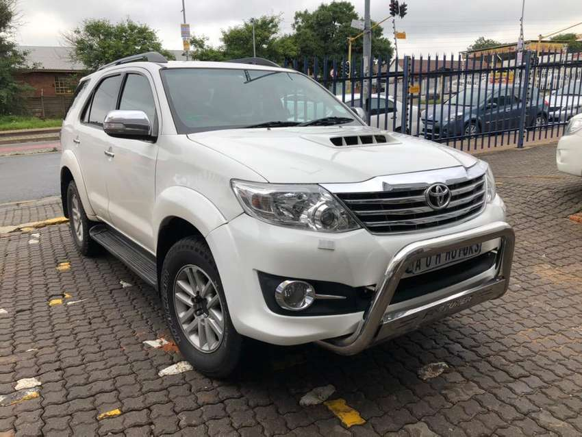 Toyota fortuner 3.0 D4D 4x4  Automatic 0