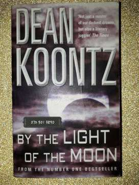 By The Light Of The Moon - Dean Koontz.
