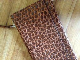 Оригинальная сумка-клатч кожаная