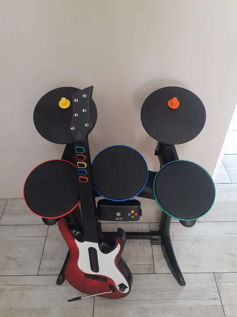 Xbox 360 Drums and Guitar R500