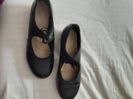 Tap dancing shoes adult size 5.5
