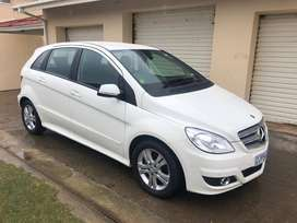Mercedes Benz B180 A/T in Mint condition