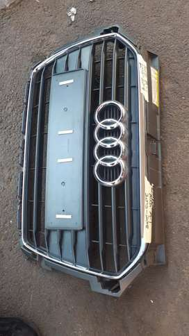 AUDI A1 FRONT GRILL 2015 MODEL