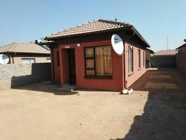 3500 3 BEDROOM HOUSE FOR RENT SOSHANGUVE BLOCK VV
