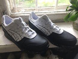 Asics кроссовки 44 размер, оригинал