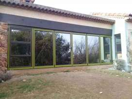 Alluminium stacking folding doors