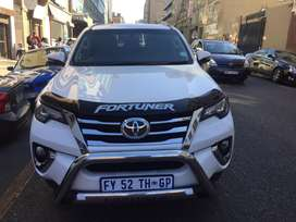 Toyota Fortuner  2.8GD6 ( MANUAL )