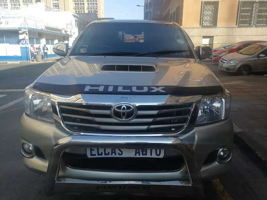 Pre owned 2009 Toyota Hilux 3.0 D4D 0