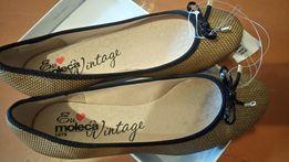 Новые туфли фирменные 39 размер
