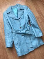 Шикарный натуральный кожаный пиджак голубого цвета!