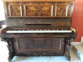 C Sienert piano (UPRIGHT) - Antique