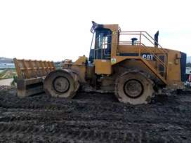 Front-end load operate with Rough terrain trucks experience