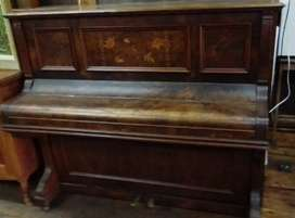 Vintage R Muller upright piano