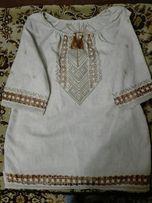 Жіноча вишита сорочка, ручна робота