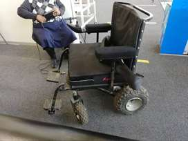 Electronic wheelchair for big ppl