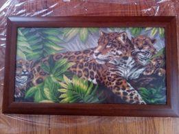 """Картина вышитая бисером """"Семья леопардов"""""""