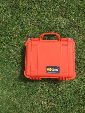 Pelican 1400 Orange Camera Case