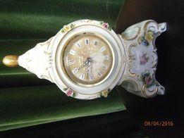 Zegar porcelanowy , niemiecki , sygnowany , ręcznie malowany z budziki