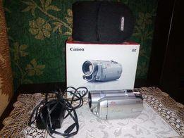 Продам видеокамера Canon FS 10 + чехол для камеры.