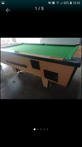 Pool table R2 coin operator