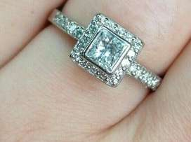 9CT WHITE GOLD AND DIAMOND PRINCESS CUT ENGAGEMENT RING