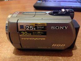 Продам видеокамеру SONY DCR-SR62 с HDD 30Гб и кофром.
