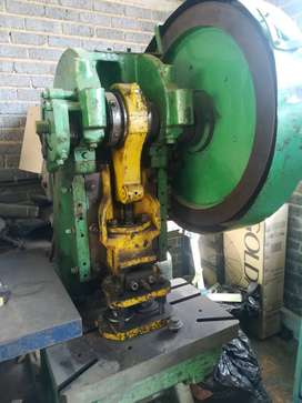 Kircheis 40 ton eccentric press for sale
