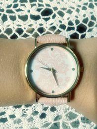 zegarki koronkowe różne kolory eleganckie na pasku niebieski biały róż