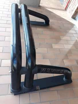 Brand new ford ranger roll bar is available