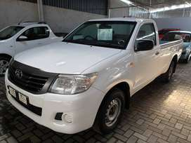 `2013 Toyota Hilux 2.5D4D LWB-Full service history with Toyota-