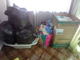 R600 SECOND HAND CLOTHES WOMAN AGE 35-45 Child (boys)6 months up