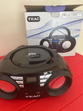 Teac Vompact Radio and CD player