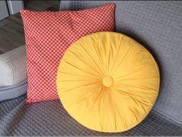 Poduszka żółta z zakładkami pikowaniem 2 sztuki