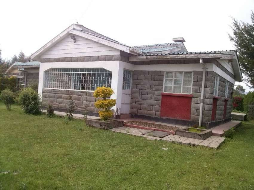 BUNGALOW FOR SALE 0