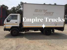 TOYOTA DYNA 7-104 4TON CLOSED BODY TRUCK