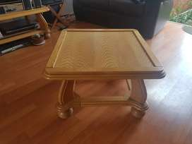 High Quality, Durable Oakwood Side/Coffee Table