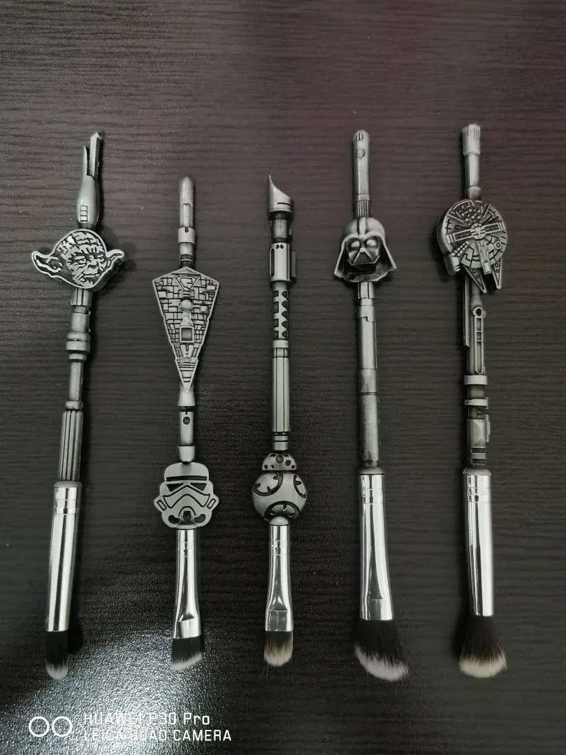 5 Piece Star Wars Themed Make Up Brush Set 0