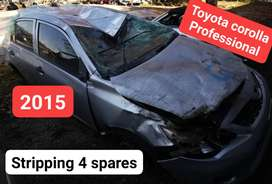 Toyota Corolla 2015 Professional stripping 4 spares
