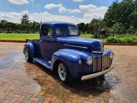 1946 FORD V8 PICK-UP
