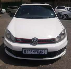 Golf 6 GTI With Xenon Lights Year Model: 2012