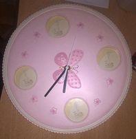 Baby Girl Pink Круглые настенные часы и фоторамка Цветочная бабочка