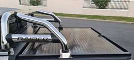 Toyota Hilux Securi Lid 216 Cover and Roller Bar (R11 000 Combo)