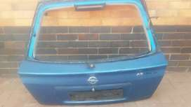 tell get opel Astra Complete in good condition