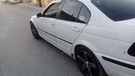 BMW 320i in very good condition