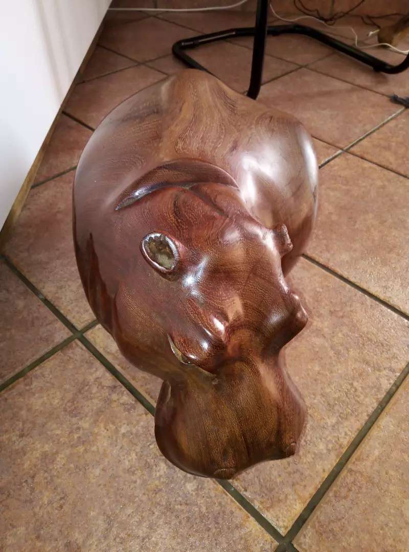 Zambian crafted hippo selling in pmb. 0