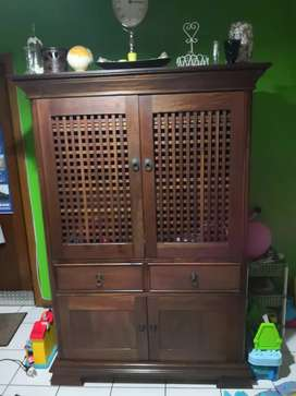 Solid wood Wetherlys TV cabinet in excellent condition