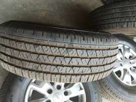 Ford Rangers Rims With Tyres 255 /70 /16 Continental Cross