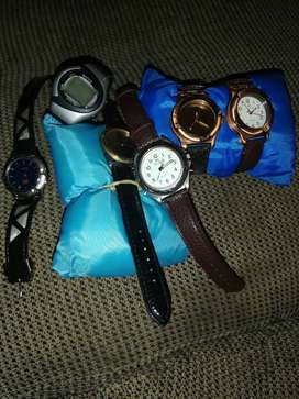 Fashion watches for sale R60for the lot